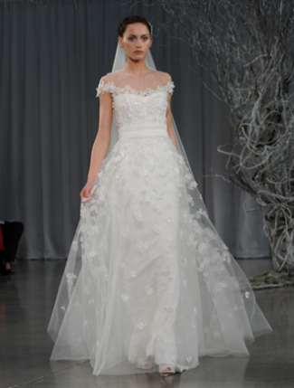 2013 wedding gown with lace