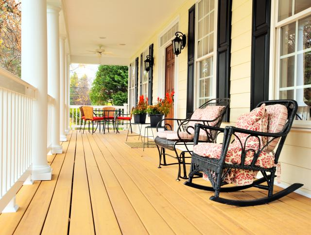 curb-appeal-porch_0.jpg