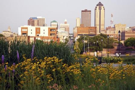 Moving to Des Moines means that you will have a wonderful city at your fingertips.