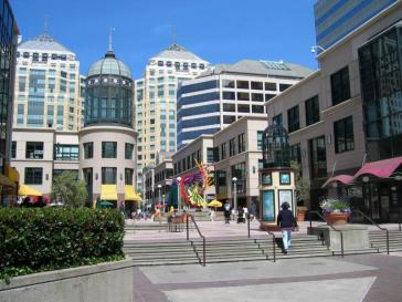 Learn all about why moving to Oakland is a great idea.